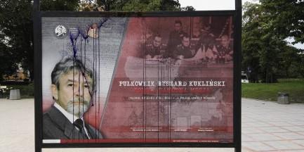 Zniszczono wystawę o Ryszardzie Kuklińskim