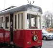 Zabytkowy tramwaj zamiast miejsc parkingowych