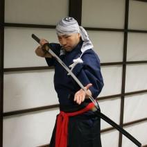 Samuraje w Warszawie - pokaz szermierki grupy Kamui