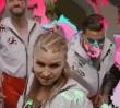"""""""Tęcza"""" - kontrowersyjny utwór Masłowskiej. Celowo opublikowany 11 listopada"""