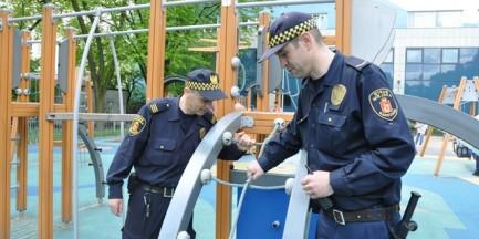 Strażnicy miejscy skontrolują place zabaw