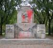 Pomnik Żołnierzy Radzieckich wymazany fekaliami