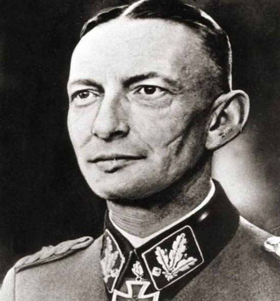 Heinz Reinefarth. Fot. wikicommons/Adam Borkiewicz, Powstanie Warszawskie 1944