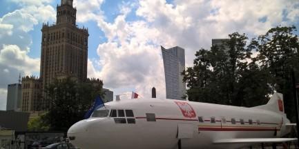 Pomalowano samolot przed PKiN. Wyglądem przypomina... tupolewa