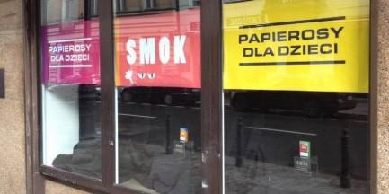 W Warszawie powstał pierwszy sklep z papierosami... dla dzieci