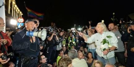 Nie będzie kontrmiesięcznicy na pl. Zamkowym. Obywatele RP podjęli decyzję