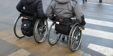Miasto zlikwiduje kilkaset barier architektonicznych dla niepełnosprawnych