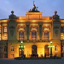 10 najpopularniejszych uczelni w Polsce. Politechnika Warszawska pierwsza