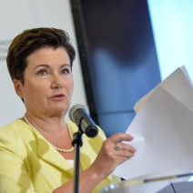 Hanna Gronkiewicz-Waltz: Straciłam zaufanie do urzędników. Wstrzymujemy zwroty nieruchomości