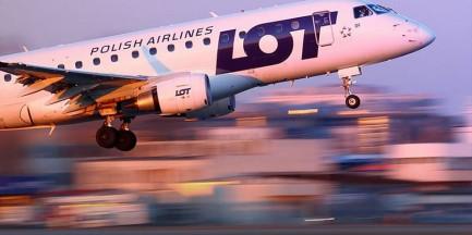 Incydent na pokładzie samolotu. Maszyna musiała lądować w Warszawie