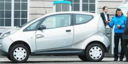 Paryski car-sharing przykładem dla Warszawy?
