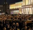 Wierni na ulicach Warszawy. Wielkanocne utrudnienia