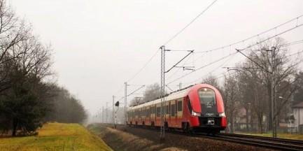 """Składy Szybkiej Kolei Miejskiej do naprawy. """"24 pociągi za 51 mln zł"""""""