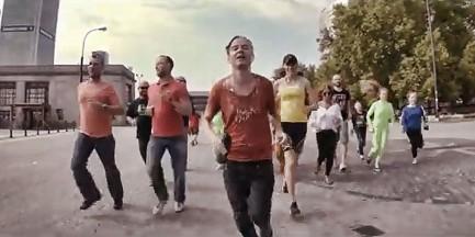 """Wideo z Warszawą w tle. Extra - """"Wyjechać"""""""