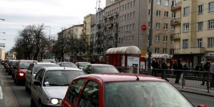 Zwężenie ulic Rakowieckiej i Madalińskiego, zamknięcie Obornickiej