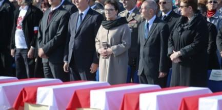 Żołnierze Wyklęci spoczną na Powązkach. Uroczystości upamiętnienia w Warszawie