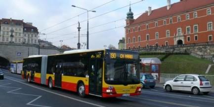 """Unikalne warszawskie autobusy. """"Podróż nimi bywa niezapomniana"""" [GALERIA]"""