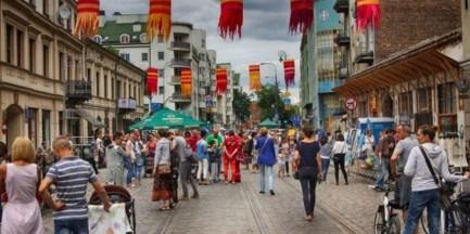 Zamknięta ulica, Otwarta Ząbkowska. Kolejna edycja praskiego festiwalu