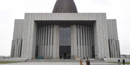 Brakuje 30 mln na Świątynię Opatrzności Bożej