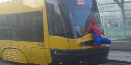 Spiderman zatrzymany przez policję!