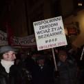 """""""Miesięcznica"""" smoleńska pod Pałacem Prezydenckim. Fot. Dawid Zuchowicz/Agencja Gazeta"""