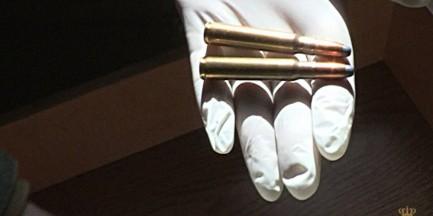 Broń palna i amunicja w mieszkaniu na Białołęce! [WIDEO]