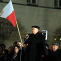 """""""Miesięcznica smoleńska"""" pod Pałacem Prezydenckim. Fot. Jan Marczewski/Agencja gazeta"""