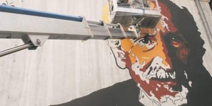 Wybitny polski aktor bohaterem muralu przy ul. Pięknej