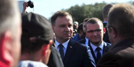 Warszawska firma chciała wyłudzić od prezydenta Dudy 50 mln zł? Kancelaria powiadamia prokuraturę