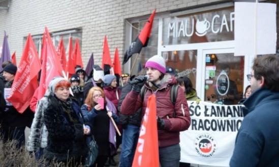Protest pod Miau Cafe. Fot. PAP/Jacek Turczyk