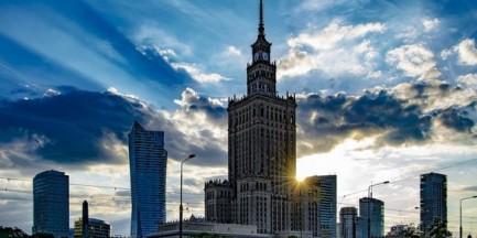 """Powstaną kolejne komisje. """"W całej Polsce zdarzały się wypadki oddawania kamienic w niepowołane ręce"""""""